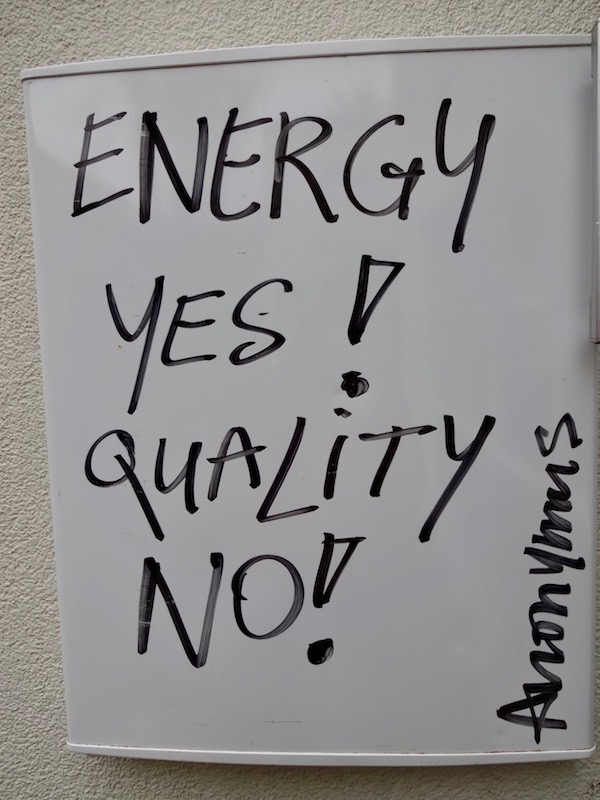 Anonymus, Harde Uitspraak, Harde Uitspraak, koelkastdeur, frame, fridgedoor, Thomas Hischhorn, Energy YES!, Quality NO!, artwork, art, Robert Pennekamp