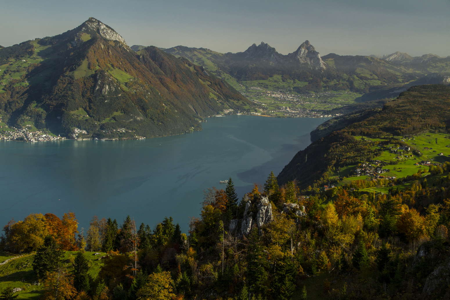 autumn klewenalp switzerland lake lucerne vierwaldstättersee fall colors robert peterson photography