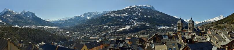 Briançon, uitvalsbasis van de Tour de France 2017 – panorama foto gemaakt doorGiuseppe Marzulli