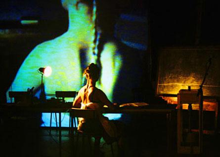 Liz Kettle in Waves, photo by Steve Cumminsky