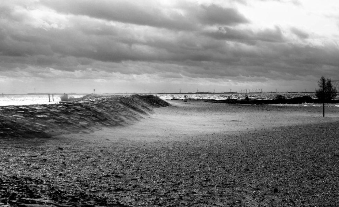 Zandstorm, strand van Urk