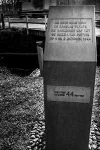 Monument september 1944, Putten, bij brug