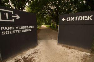 Ingang park vliegbasis Soesterberg
