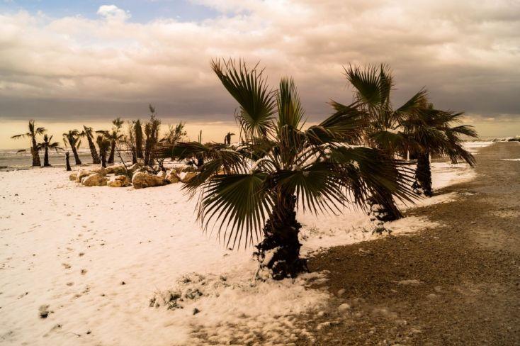 Nieves en la playa de Denia