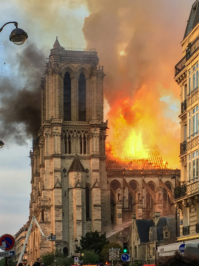Incendie Notre Dame de Paris; image by LeLaisserPasserA38. Usage here licensed under the Creative Commons Attribution-Share Alike 4.0 International license. Original source: https://commons.wikimedia.org; all copyright remains with original owner.