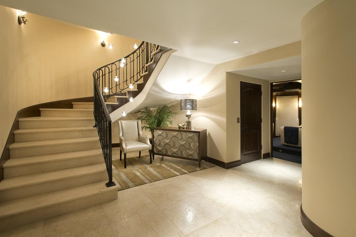La Jolla Luxury Entry Way Robeson Design San Diego