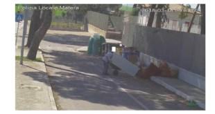 Matera, le telecamere registrano gli incivili dei rifiuti urbani