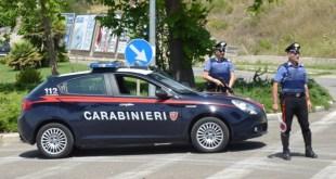 Matera, 43enne armato di coltello denunciato dai Carabinieri per minaccia aggravata