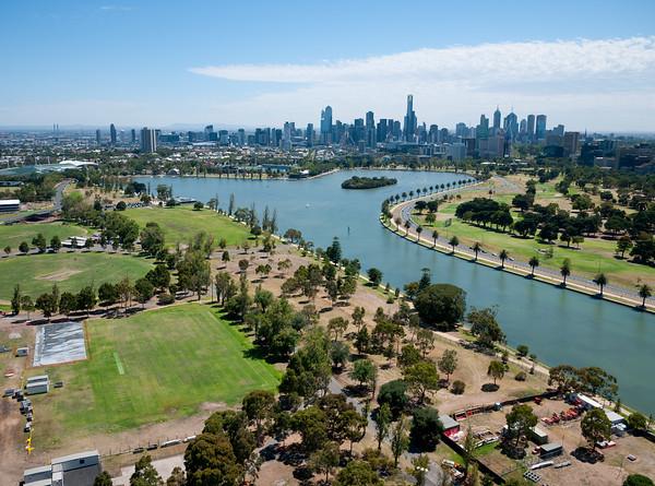 Albert Park and the Melbourne skyline. Melbourne, Australia.