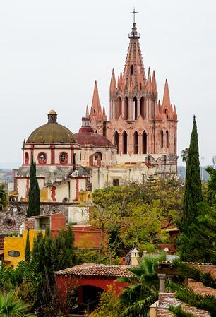 Rooftop view of La Parroquia de San Miguel Arcangel