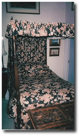 byrons_bed1