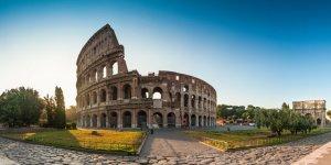 Sunrise at the Coliseum, Rome, Italy.