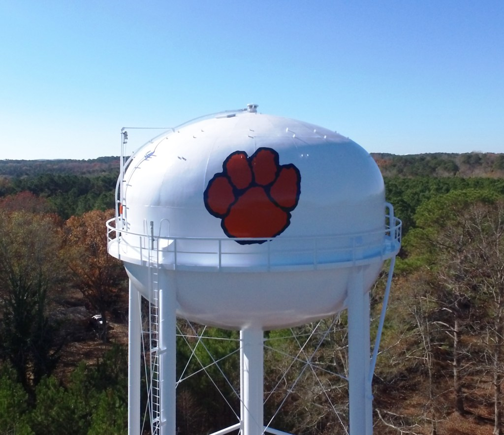 Fayette tank with paw print