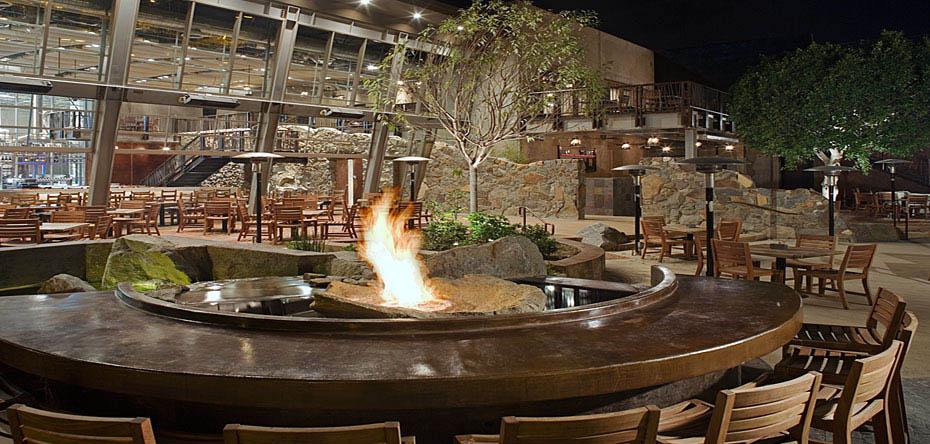 Hospitality Stone World Bistro and Gardens Escondido CA