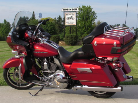 2012 Harley-Davidson Road Glide ULTRA FLTRU  103 - Mint Like Out of the Crate - New Price $38 Week