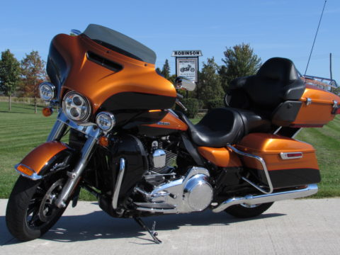 2015 Harley-Davidson FLHTKL Ultra LIMITED LOW  - ONLY $44 Week - Navigation - 35,100 KM
