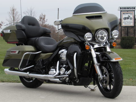 2018 Harley-Davidson FLHTKL Ultra LIMITED LOW  Save $9,000* - Low KM