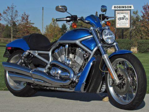2007 Harley-Davidson V-Rod VRSCAW   240 Rear End - $25 week - Rare 2 Tone Blue Pearl