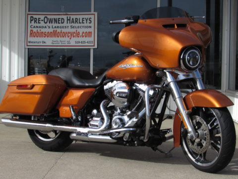 2014 Harley-Davidson Street Glide FLHX   - 103 Stage 1 Exhaust - 15,500 Miles - 11'' Mini Apes