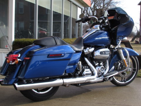 2017 Harley-Davidson Road Glide FLTRX  - 23,600 KM - ONLY $49 Week - Naviagtion and More