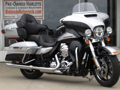 2015 Harley-Davidson FLHTKL Ultra LIMITED LOW  103 - Locally Owned and Low Seat - 31,900 KM