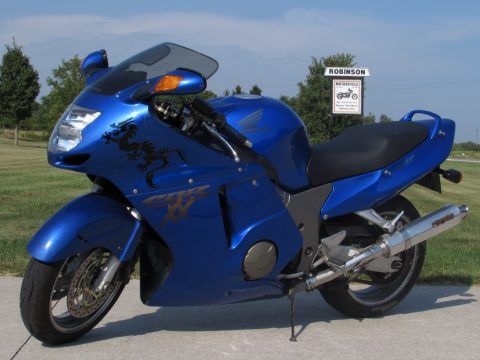 2000 Honda CBR1100 XX  Blackbird - Low 35,300 Local KM - Great set of Metzeler Tires!
