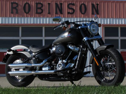2018 Harley-Davidson Softail Slim FLSL  - Low 3,400 KM - ONLY $35 Week - ABS, Rinehart exhaust and more