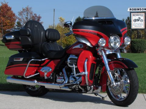 2016 Harley-Davidson CVO Limited  - 110 Screamin' Eagle - ONLY $58 Week - Top of the Line Touring,