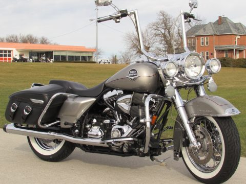 2008 Harley-Davidson Road King Classic FLHRC   - $7,500 in Customizing - ONLY $42 Week