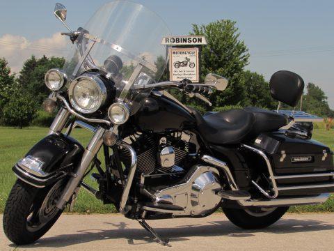 2006 Harley-Davidson Road King Police Edition FLHP  - Tru-Dual Rinehart Exhaust - 2 New Dunlops