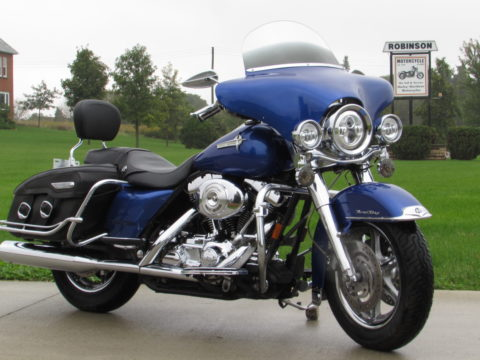2002 Harley-Davidson Road King Classic FLHRCi  - $34 Week - $11,000 in Options - 20,000 miles