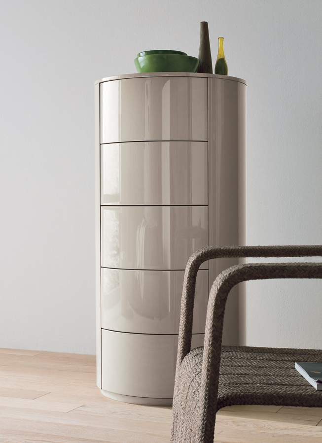 ottoman tables living room grey chair dall'agnese christal oval chest of drawers | london ...