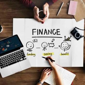 Fondssparen oder ETF Sparplan? Welche Anlageform eignet sich am besten für ein weibliches Investment?