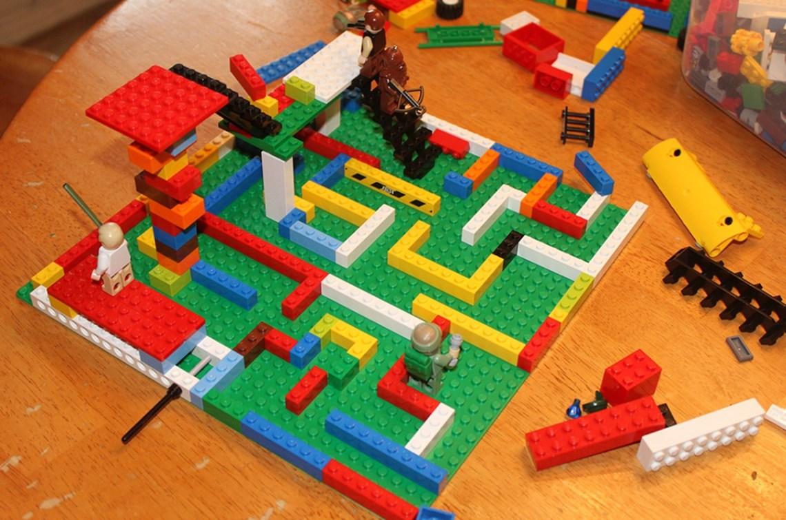 Code LEGO maze_robotopicks
