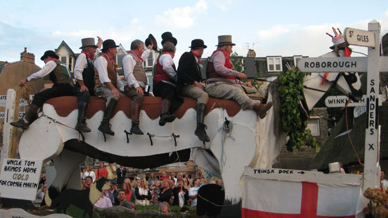 Ilfracombe Carnival - Uncle Tom Cobbleigh