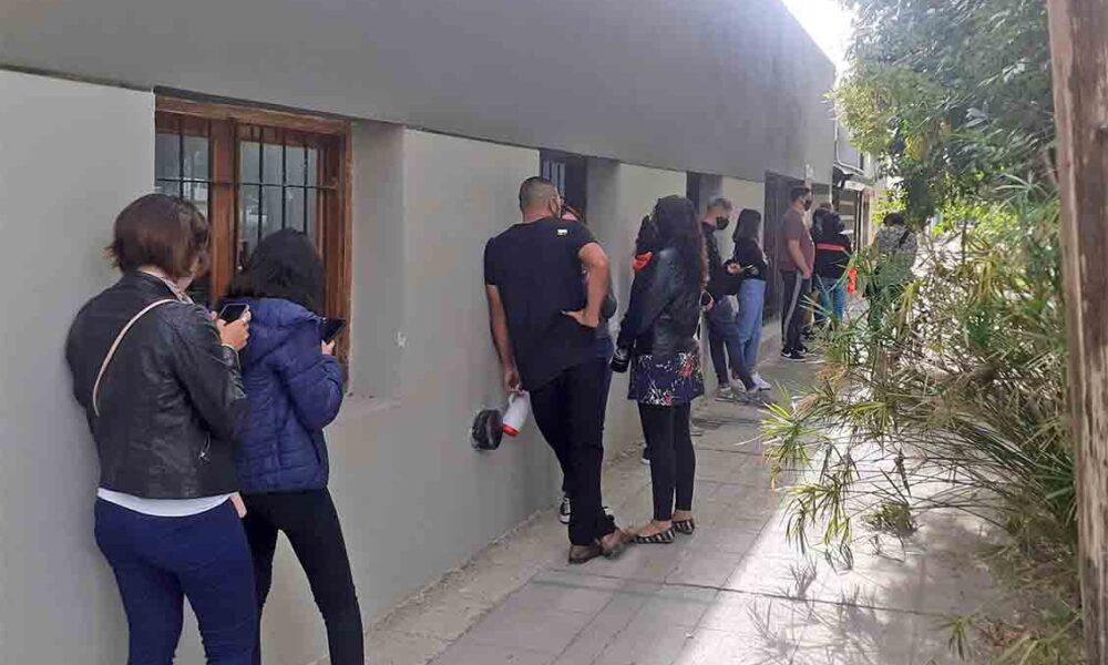 RocaHace 5 minsPor lo menos hasta el miércoles, permanecerá cerrado el Centro de Documentación Rápida Aguardan por los resultados del hisopado de Covid-19 a uno de los trabajadores. El cierre fue por prevención.