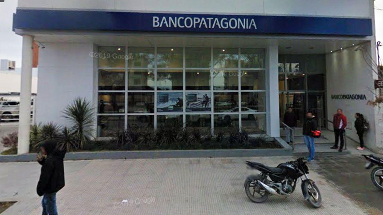 El Banco Patagonia y Sura le deberán pagar a una docente