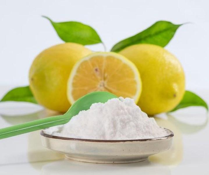 Posible interesante y simple nuevo tratamiento para el síndrome premenstrual severo basado principalmente en el consumo de la dilución de bicarbonato de sodio a la que se le agregue jugo de limón.