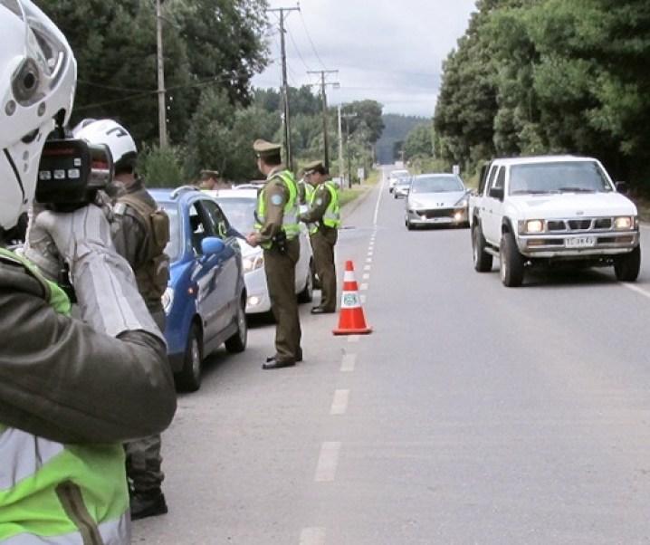 ¿ No será un error reducir las velocidades máximas actuales a los vehículos en Santiago cuando no existe capacidad para controlar las existentes ?