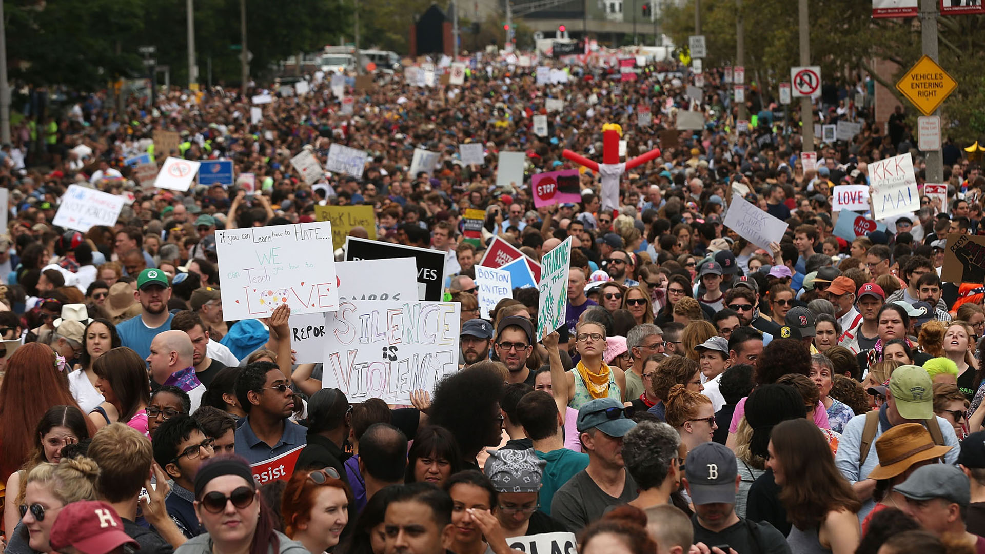 protesters flood streets of boston47980873-159532