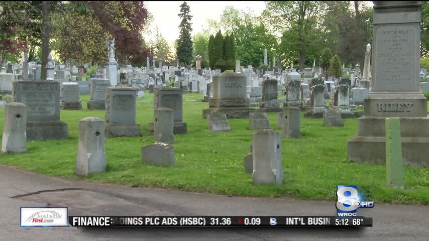 Friends of Mount Hope Cemetery offering guided tours_74574978-159532