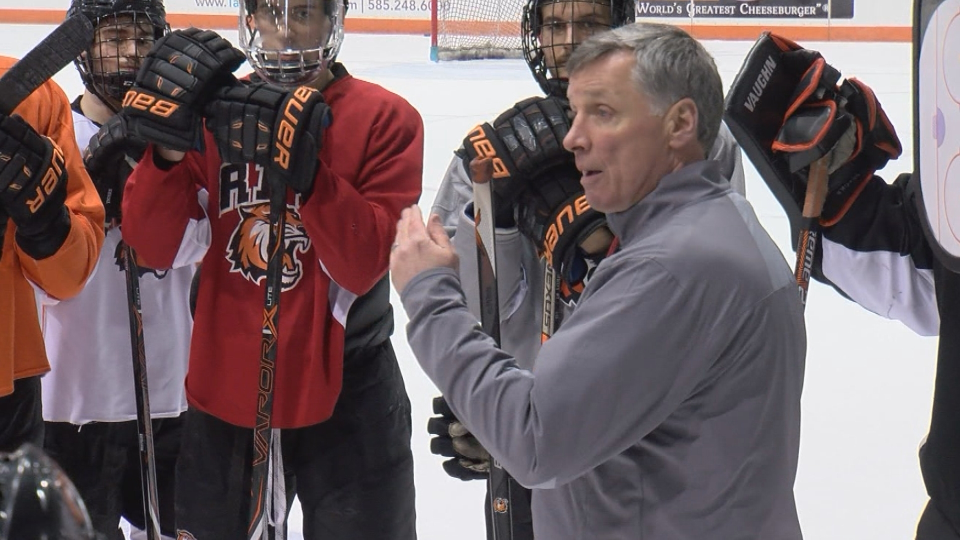 RIT, hockey coach Wayne Wilson agree on extension through 2025