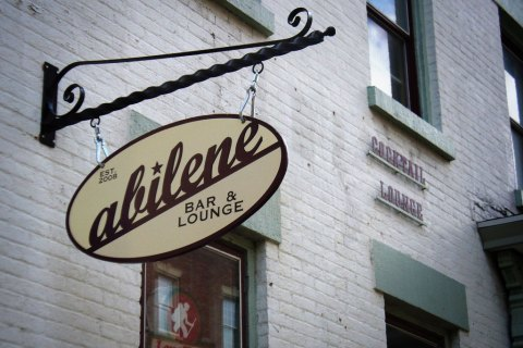 Come have a drink with the Reconnect Rochester volunteers and the Rochester Improvement Society at Abilene Bar & Lounge.