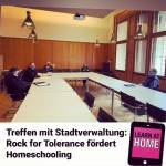 Rock for Tolerance fördert Homeschooling