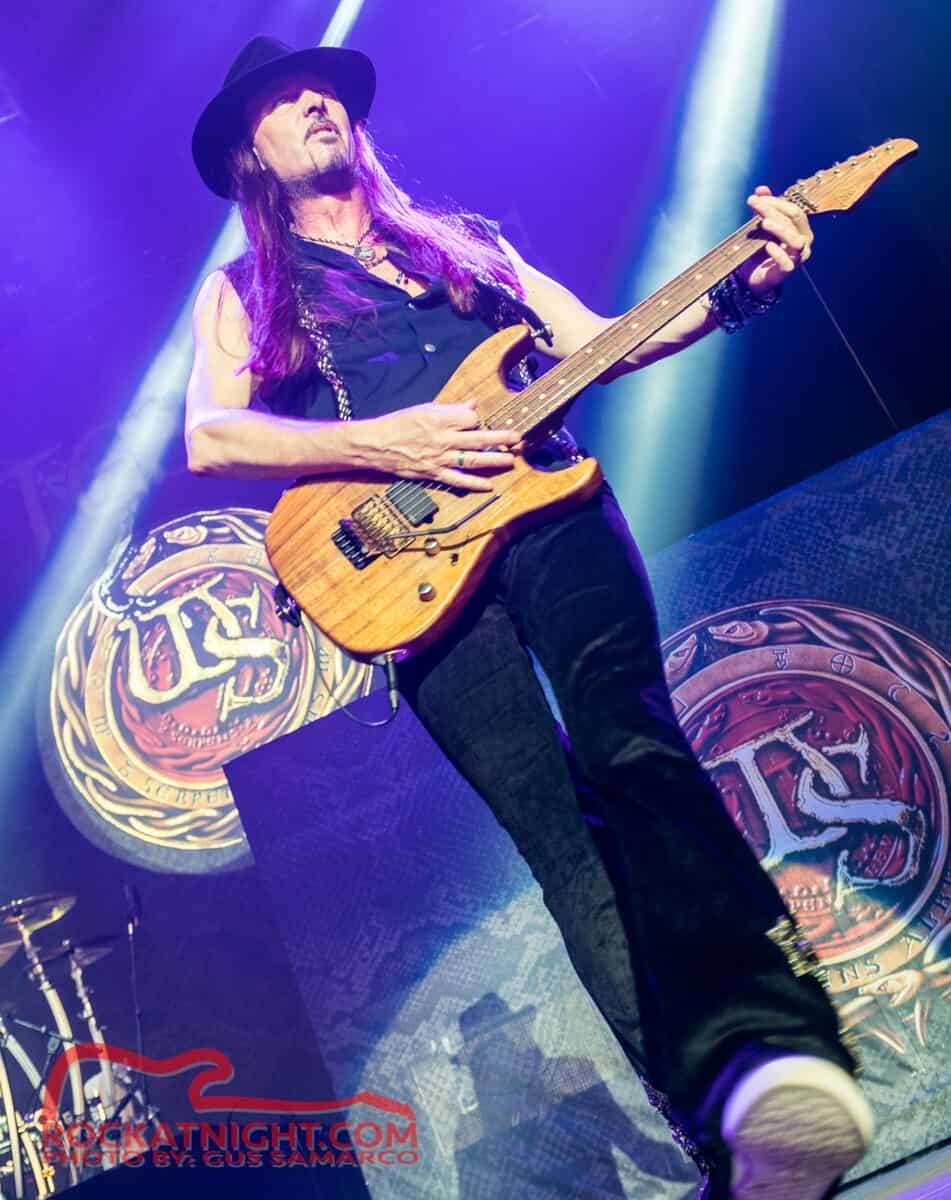 Whitesnake-8378