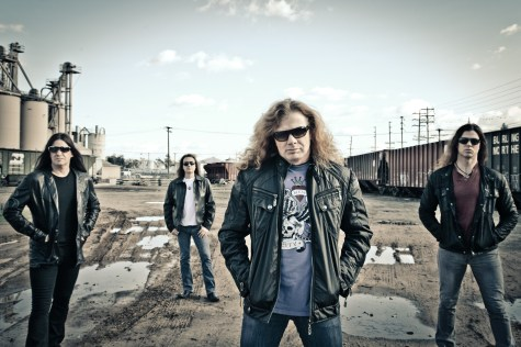 Dave and Megadeth (Photo by Myriam Santos)