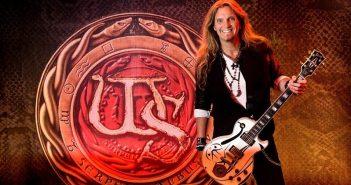 Joel Hoekstra of Whitesnake (Photo: Igor Vidyashev)