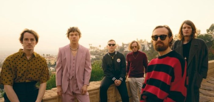 Cage the Elephant (Photo: Neil Krug)