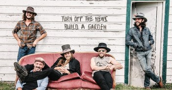 lukas nelson turn off the news