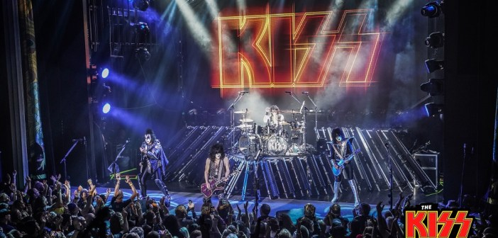 KISS Kruise IX (Photo by @WillByington)